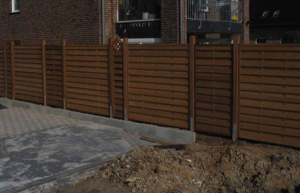 Sichtschutzzaun Holz / Wpc. Montiert Oder Angeliefert ... Sichtschutzzaun Holz Holzarten