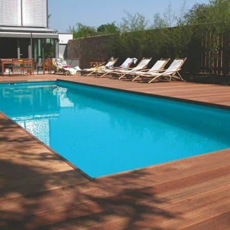 Pool-Umrandung Holz