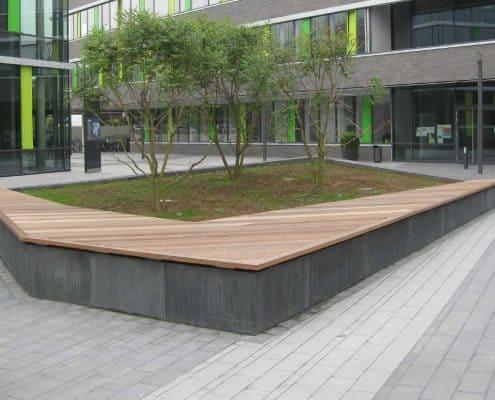 Holz-Umrandung